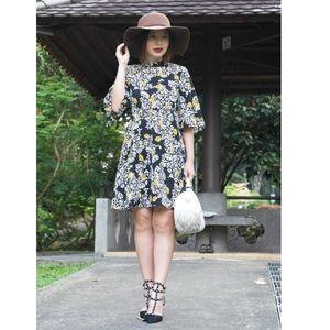 Zara Dresses - Zara Mock neck floral print mini dress size M